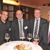 Flavio Helfenstein (ex-Automobil-Mechatronik-Weltmeister), Werner Bieli (Präsident QSK AD/AWK), Andreas Schär (Mitglied Kommission QSK AD/AWK) und Michel Tinguely (ex-WorldSkills-Experte)
