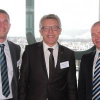v.l. Andreas und Peter Baschnagel (Baschnagel AG) und Manfred Wellauer (AGVS Vizepräsident)