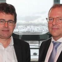 v.l. Hubert Waeber (Automobiles Belle-Croix AG) und Wolfgang Schinagl (auto-i-dat AG)